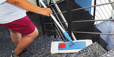 Treppenhausreinigung-selber-machen-Aufmacher